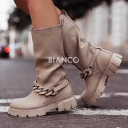 Μπότες με αλυσίδα