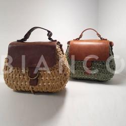 Τσάντα ώμου ψάθινη