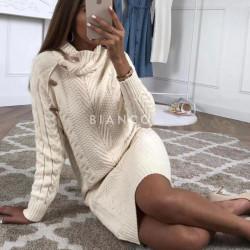 Φόρεμα πλεκτό με κουμπιά