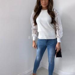 Μπλούζα πλεκτή με σχέδιο στα μανίκια